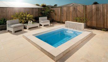 clip-on-spa-fibreglass-pool-kits-australia-swimming-pools