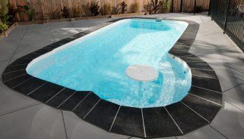 fibreglass_pool_kits_australia_freedom_7